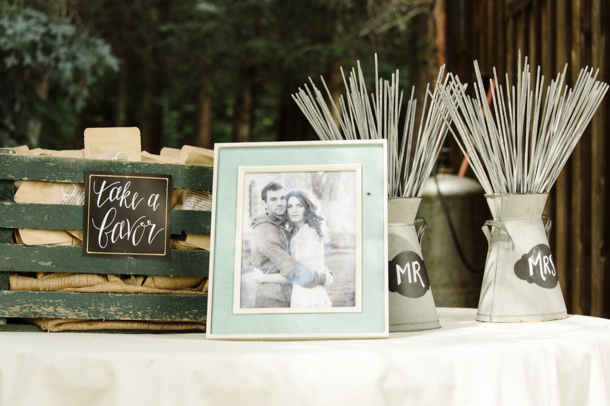 - AMY ROCHELLE PRESS - Hand lettered signs for Wedding Sparklers and Favors. Photo by Images by Bethany.